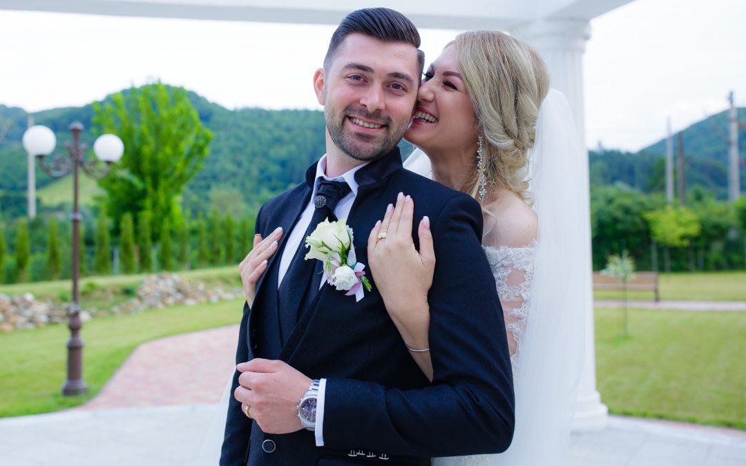 Nunta Noastră, Alexandra și Alex