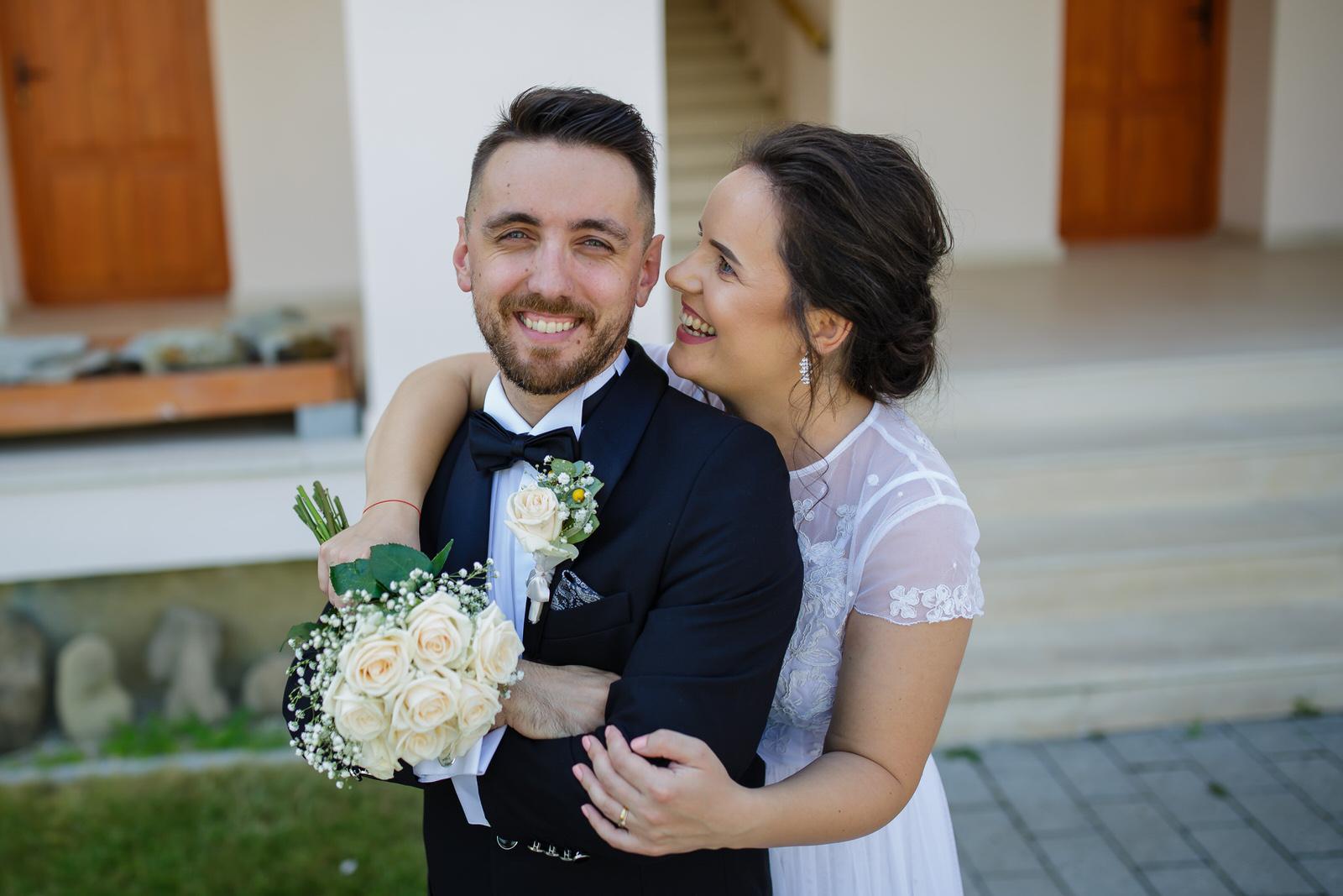 Nunta noastră, Livia și Ionel
